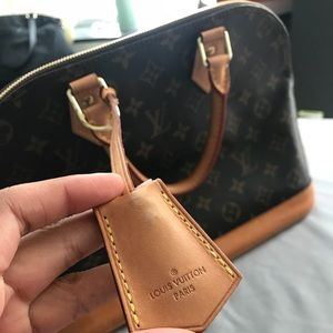 Louis Vuitton gem!!